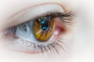 目薬の正しいさし方