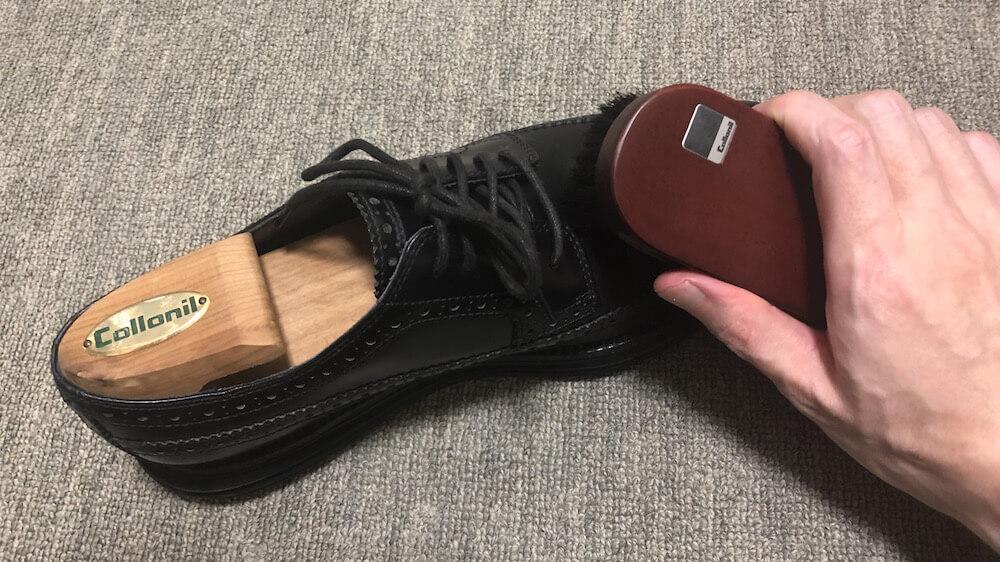靴磨きの頻度!やりすぎはダメ