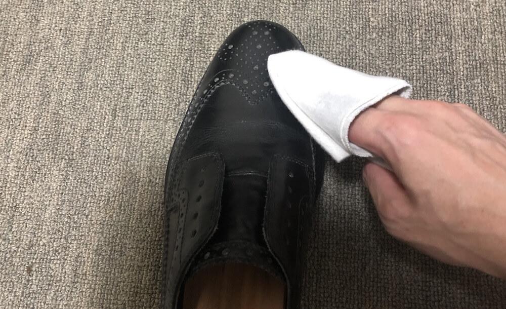 革靴の毎日のお手入れ